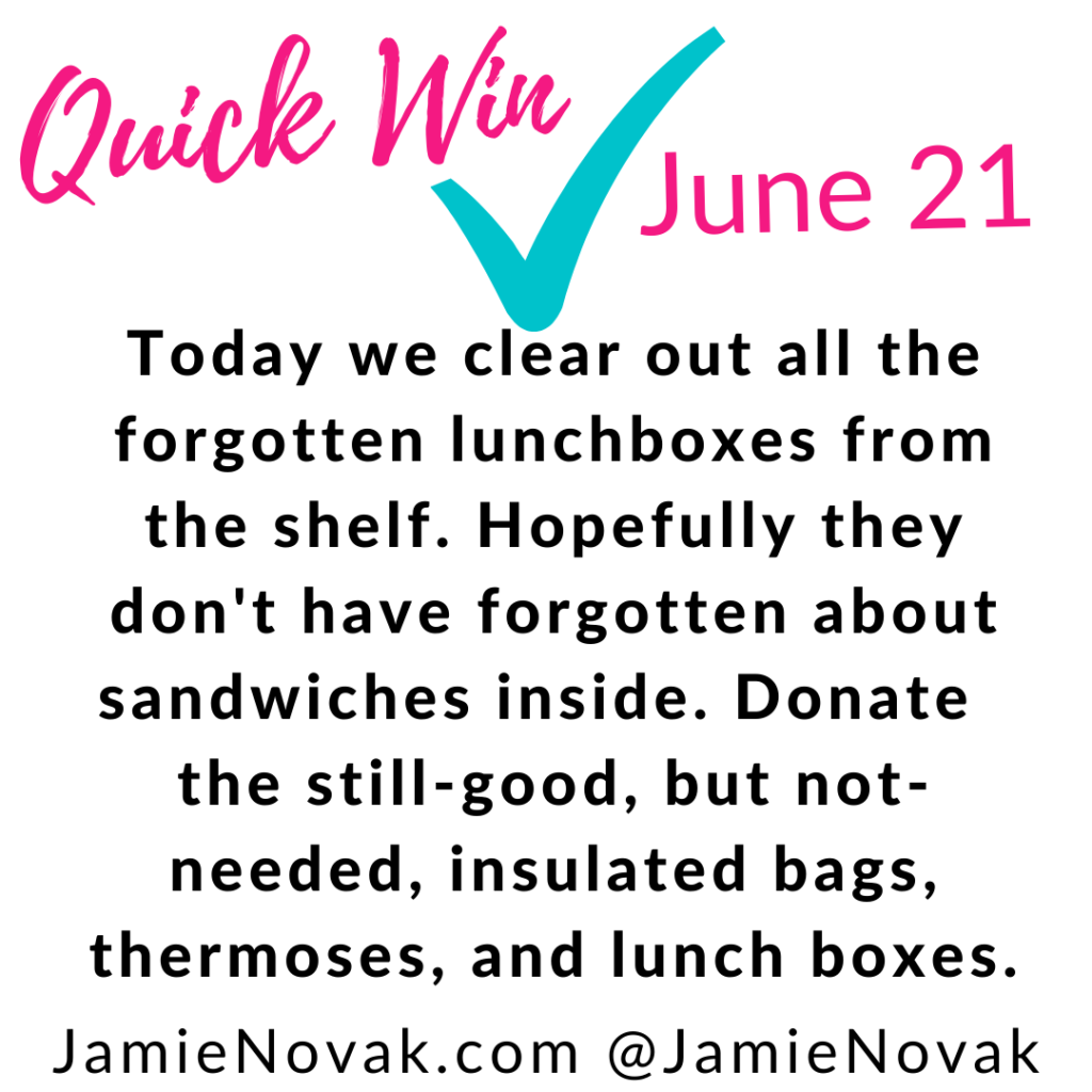 how to organize lunch containe rs